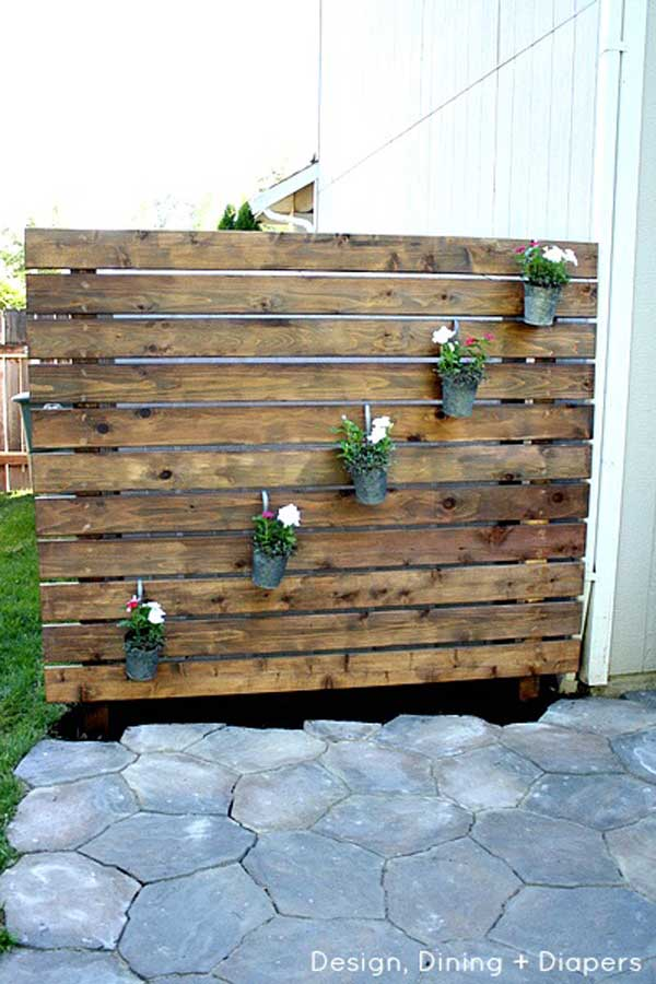 22 fascinating and low budget ideas for your yard and for Rustic outdoor privacy screens