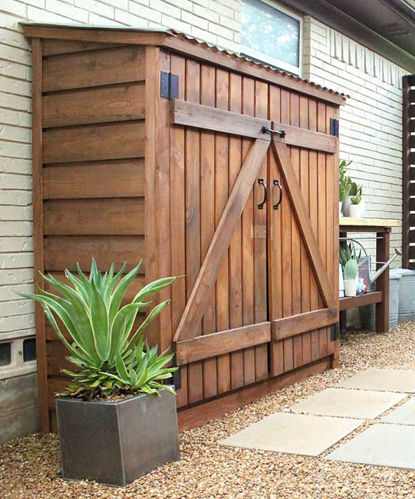 24 practical diy storage solutions for your garden and for Garden pool sheds