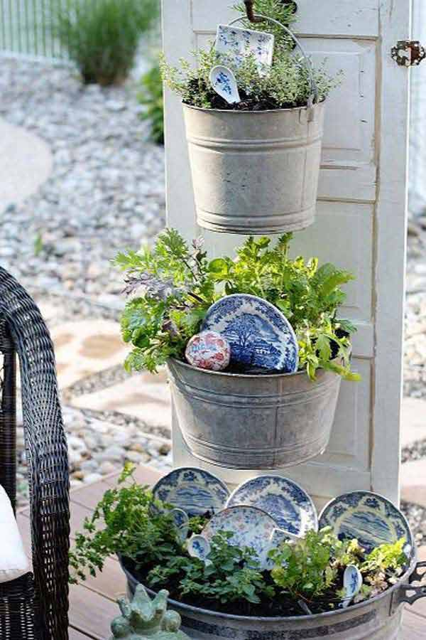 14 Genius Ways To Repurpose Galvanized Buckets And Tubs: Smart Ways To Reuse And Repurpose Galvanized Tub & Buckets