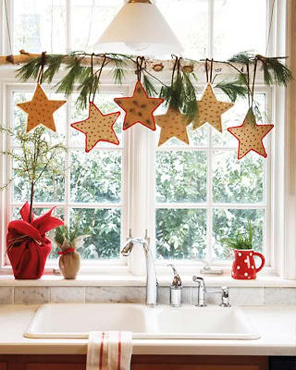 Kitchen Window Furnishings Ideas: Top 30 Most Fascinating Christmas Windows Decorating Ideas