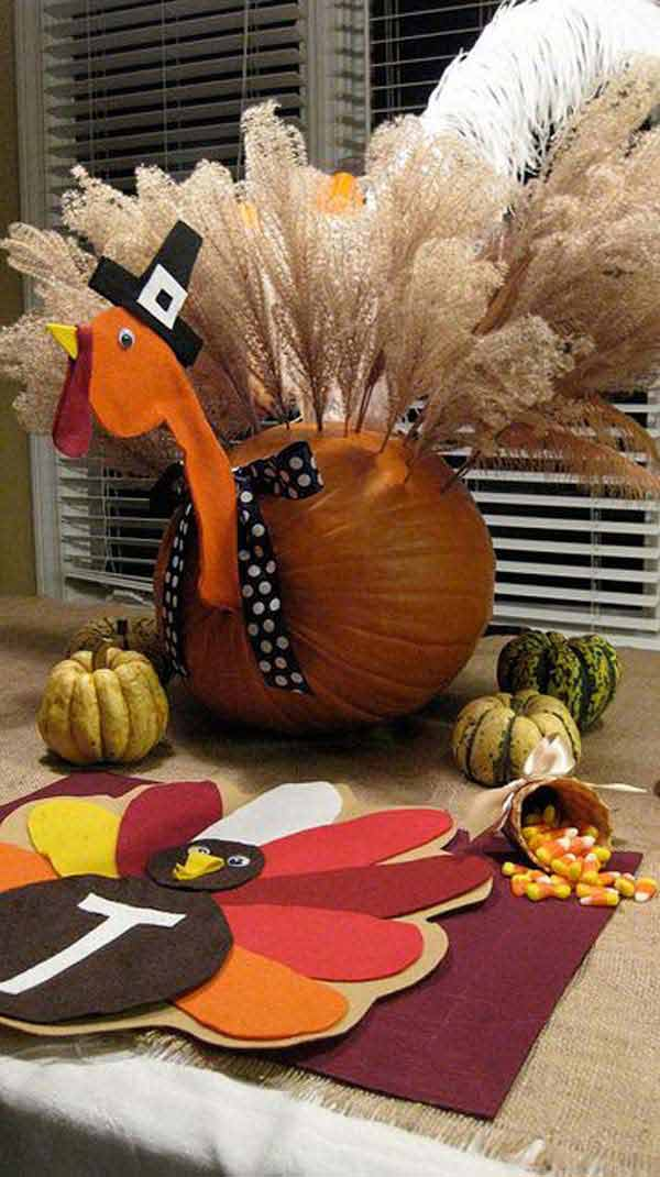 Turkey inspired decorations and crafts for thanksgiving for Thanksgiving home decorations