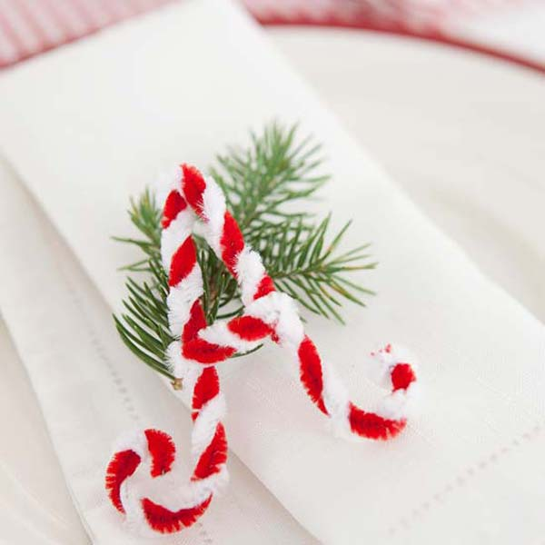 14-chenille-letter-on-a-napkin