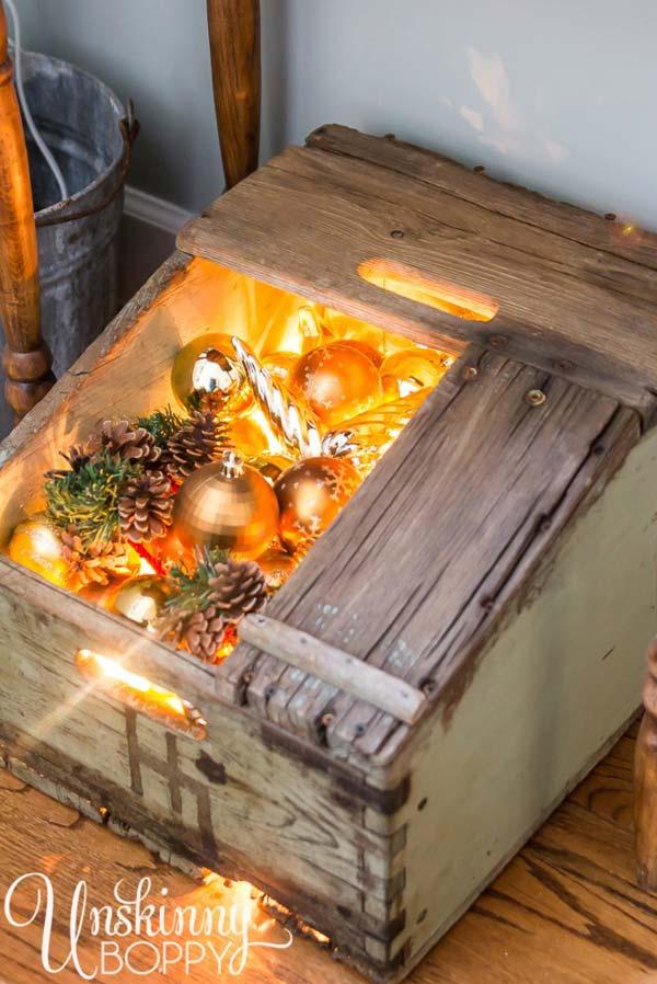 Christmas-Decor-with-Wood-WooHome-01