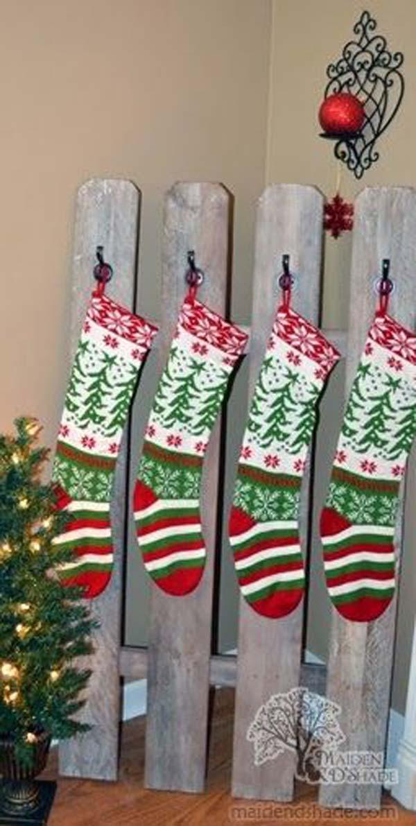 Christmas-Decor-with-Wood-WooHome-17