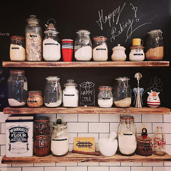 chalkboard-on-kitchen-01