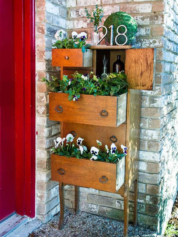 repurposed-furniture-garden-yard-2