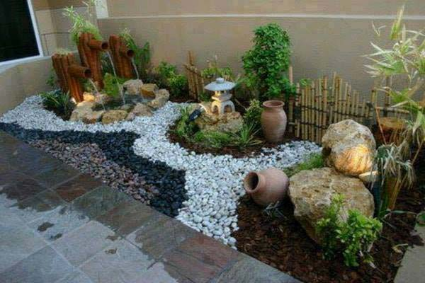 25 cool pebble design ideas for your courtyard for Jardin interior decoracion