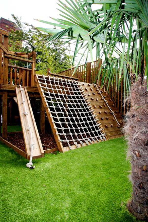 Turn the backyard into fun and cool play space for kids for Diy play structure