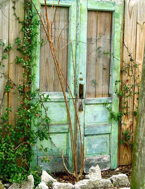 the best  nomoney ideas to repurpose old doors, old door garden decor, old door outdoor decor