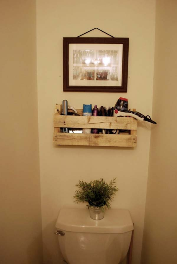 The Best 24 DIY Pallet Projects for Your Bathroom ... on Contemporary:kkgewzoz5M4= Small Bathroom Ideas  id=63770