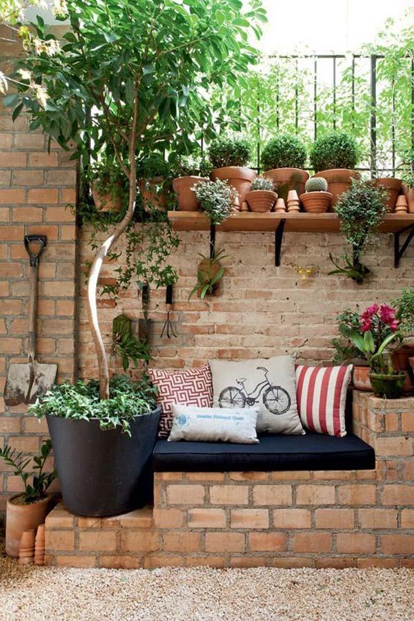Garden Backyard Brick Projects 12