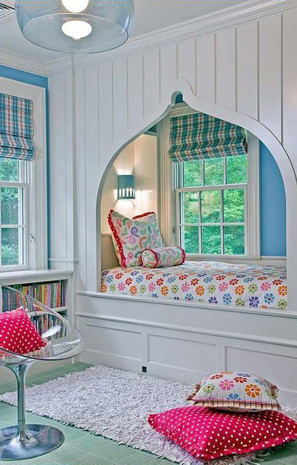Built-in-bed-in-a-little-ones-room-6