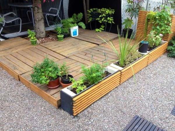decorate-outdoor-space-with-wooden-tiles-10