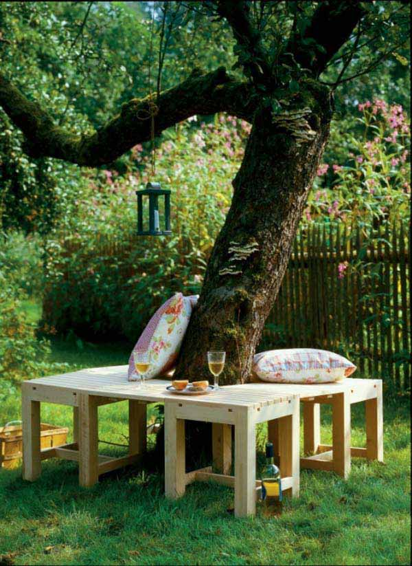 Diy A Cozy Seat Around Your Tree Amazing Diy Interior