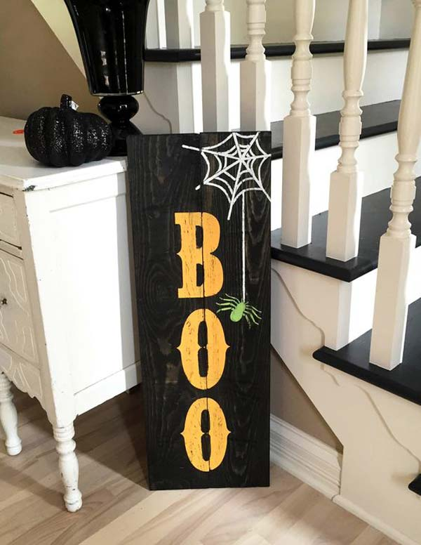 halloween-decorations-made-out-of-recycled-wood-15