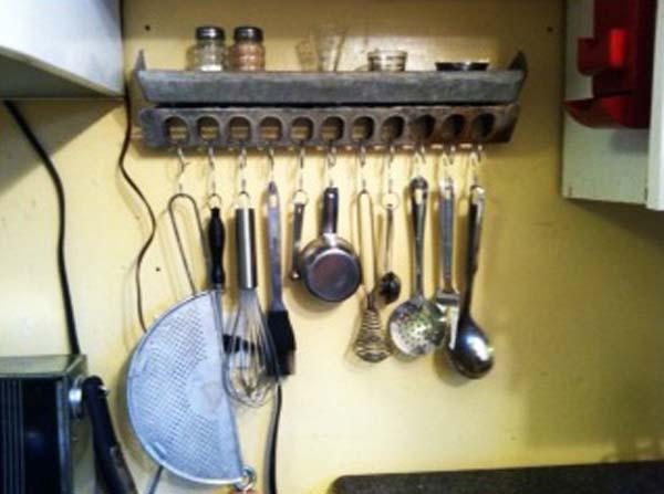 vintage-chicken-feeder-repurpose-ideas-2