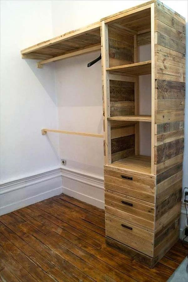 Low-Cost DIY Closet for The Clothes Storage - Amazing DIY ...