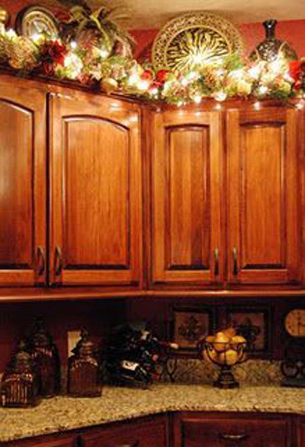 garland for above kitchen cabinets 24 ideas bringing the spirit into your 15772