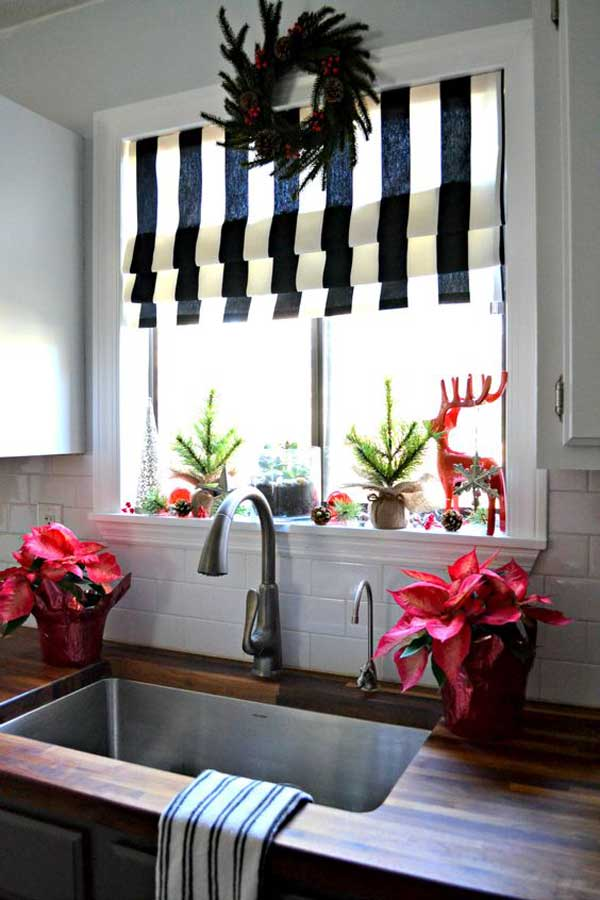 put-christmas-spirit-in-kitchen-22