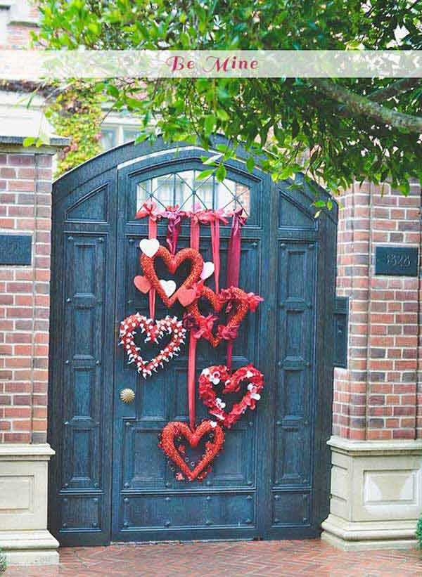 Outdoor decorating ideas with hearts for this valentines for Heart decorations for the home