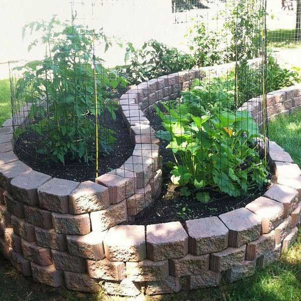 Use Landscape Stones To Build A Stunning Carved Garden In Your Backyard: