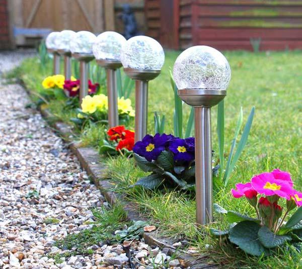 19 Handmade Cheap Garden Decor Ideas To Upgrade Garden: 20 Cool And Easy DIY Ideas To Display Your Solar Lighting