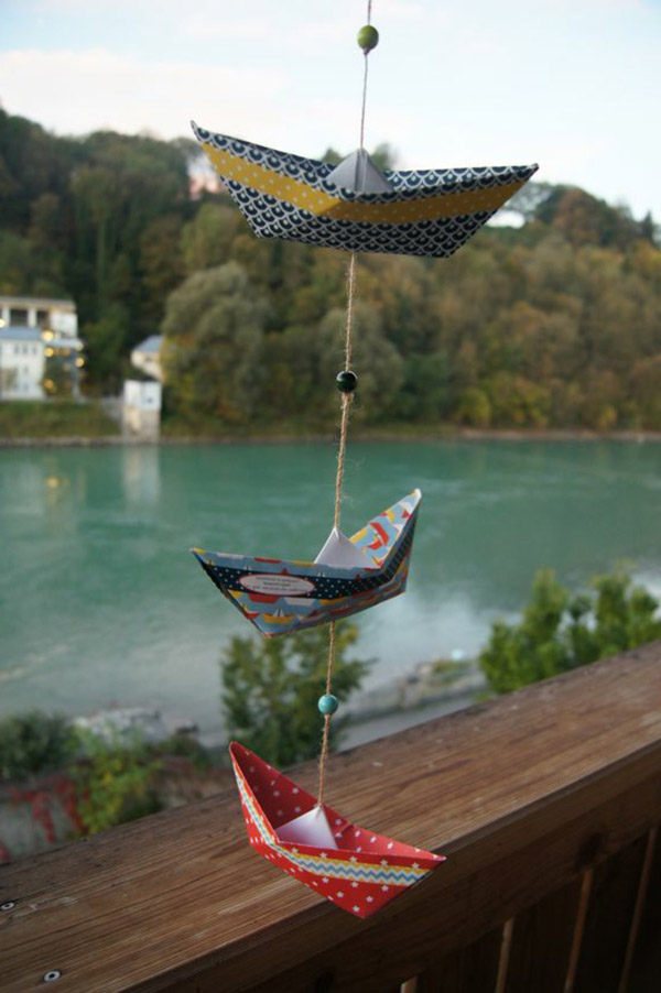 Eyecatching origami boats ornament