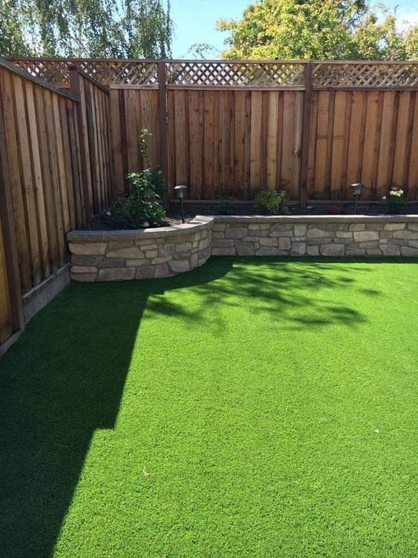 22 Amazing Backyard Landscaping Design Ideas On A Budget ... on Cheap Backyard Ideas For Small Yards id=45285
