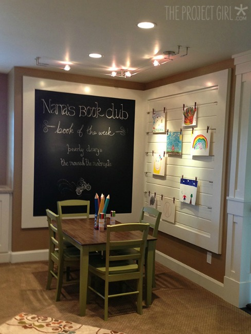 Kids nook with build-in chalkboard and art display board