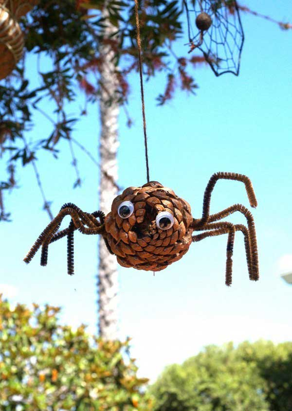 Make a Pine Cone Spider for Halloween