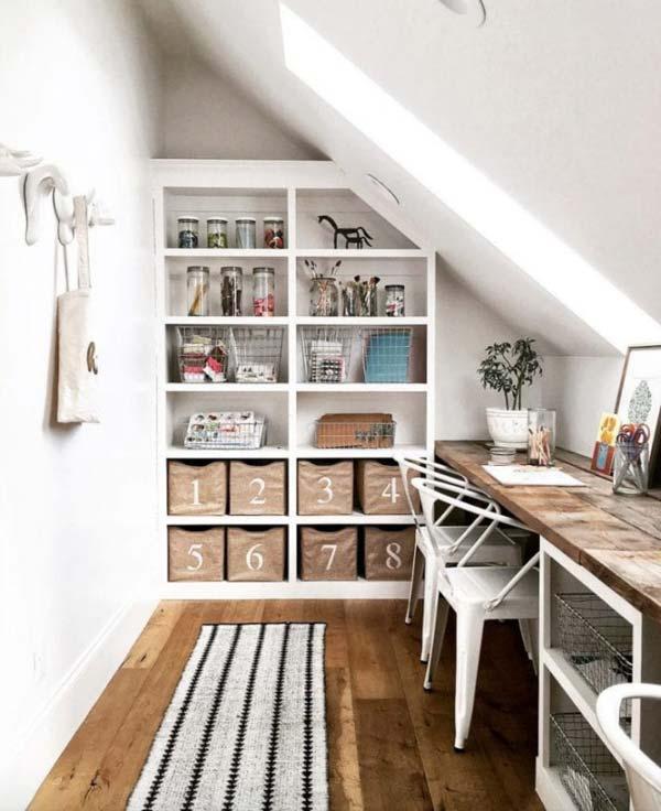 Multi-person desk space