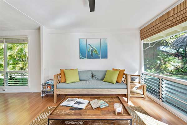 5 Tips for Sprucing Up Your Living Room This Summer Selling Season